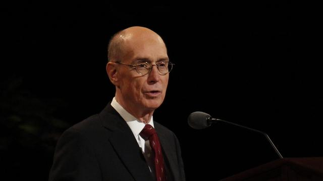 President Henry B. Eyring of the First Presidency speaks at the Sunday morning session of general conference, 7 October 2012