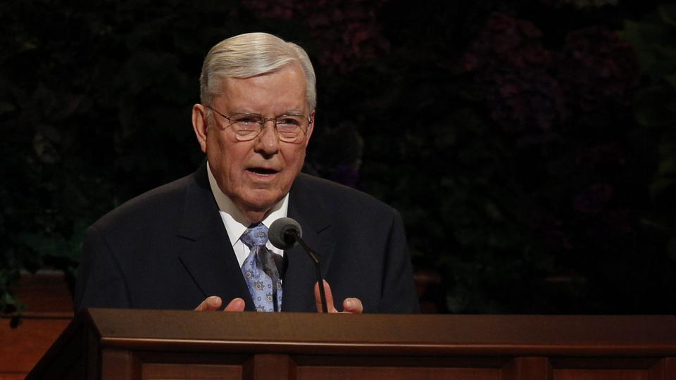 Elder M. Russell Ballard of the Quorum of the Twelve Apostles speaks at the Saturday afternoon session of general conference, 6 October 2012