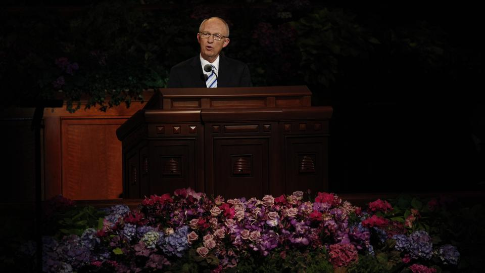 Elder Don R. Clarke of the First Quorum of Seventy speaks at the Sunday afternoon session of general conference, 7 October 2012