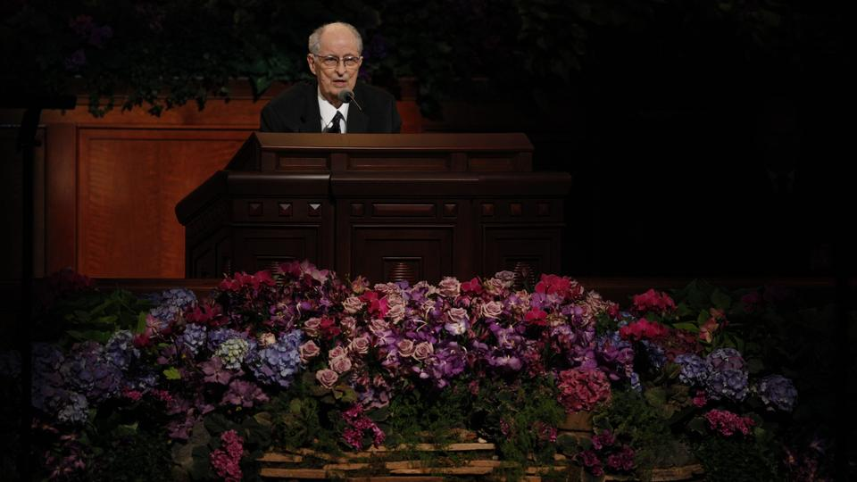 Elder Robert D. Hales of the Quorum of the Twelve Apostles speaks at the Sunday afternoon session of general conference, 7 October 2012